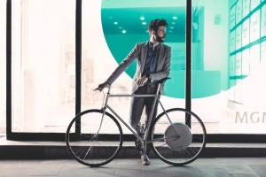 """Электровелосипед с """"умным колесом"""""""